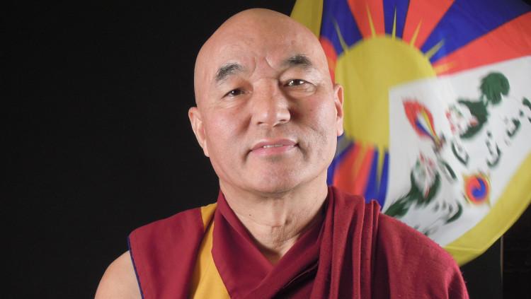 Thubten Wangchen, membre del parlament tibetà en l'exili.
